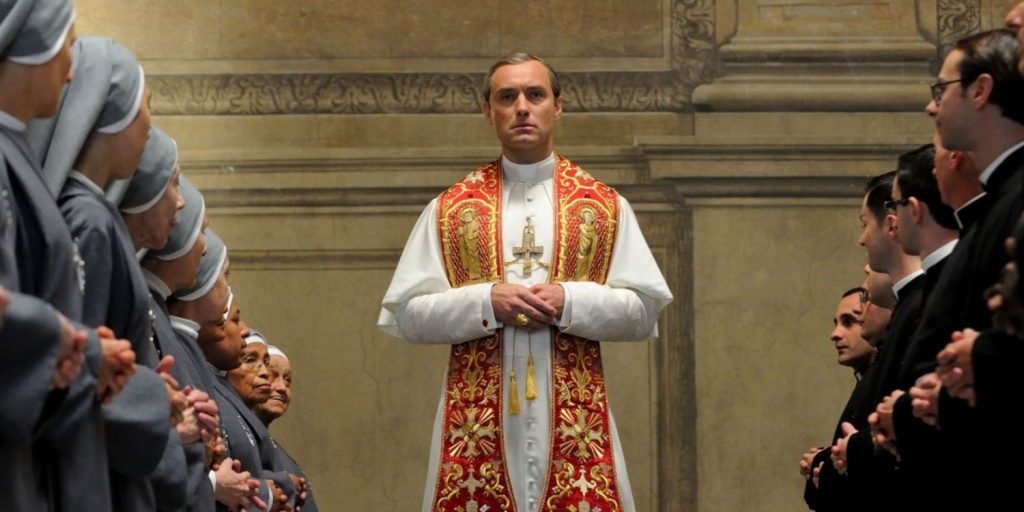 Jude-Law-in-the-Young-Pope.jpg